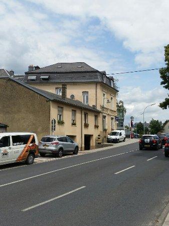 Strassen, Lüksemburg: 20160715_125433_large.jpg