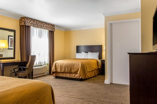 McAfee, NJ: King guest suite