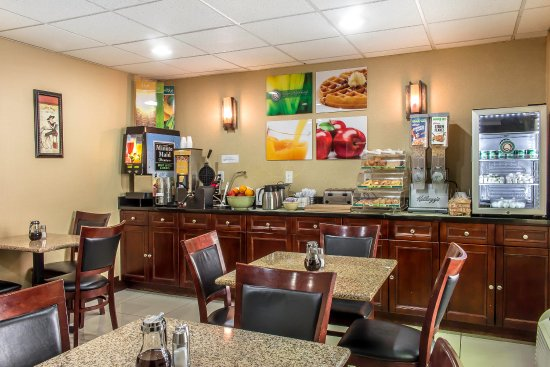 McAfee, NJ: Breakfast area