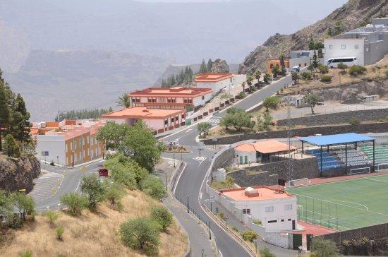 Widok na wioskę Artenara