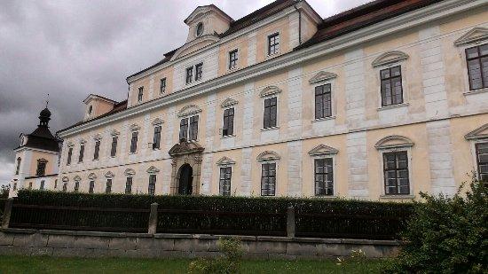 Rychnov nad Kneznou, Republik Ceko: zamek predni cast