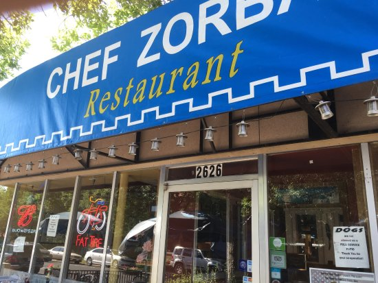 Chef Zorba's Cuisine: After my superb dinner six mouths ago , I thought I'd try breakfast. Disappointment ! Hurry up a