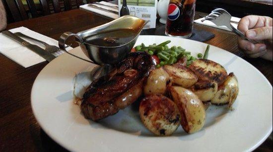 Grimsby, UK: Minted Lamb Steak