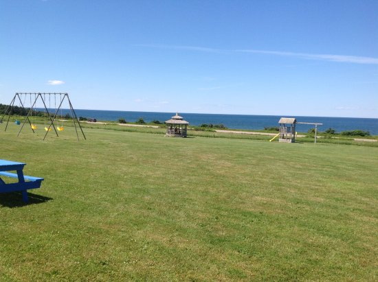 Cavendish Beach Cottages: View from our deck