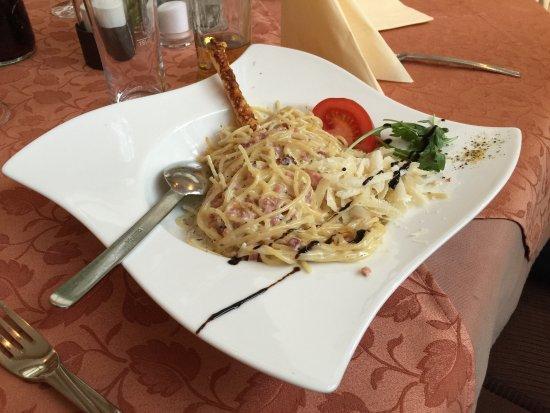 See, Austria: Sehr schön angerichtet und noch feiner im Geschmack. Sehr empfehlenswert!