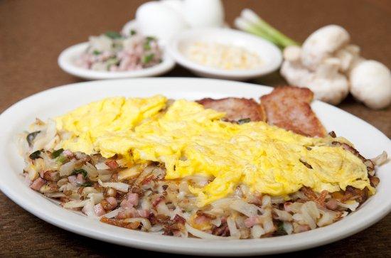 John's Restaurant: Gotta love the Breakfast Skillet!