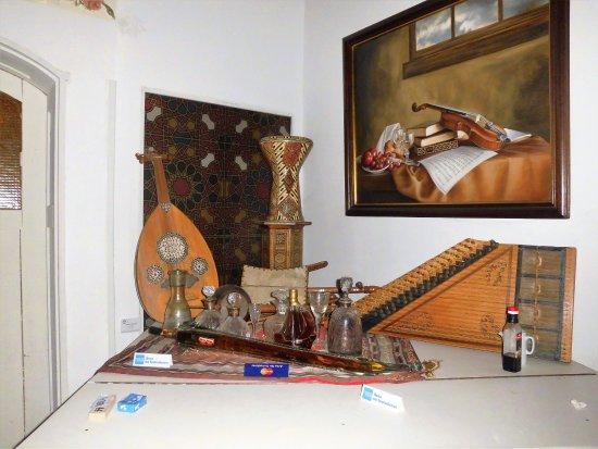 Burmana: Instrumentos típicos