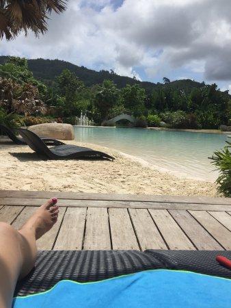 Naithonburi Beach Resort: photo1.jpg
