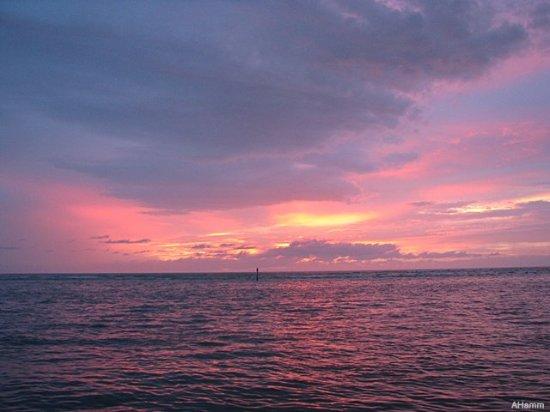 Crescent Tower Beachfront: Beautiful sunset at Crescent Towers Beachfront