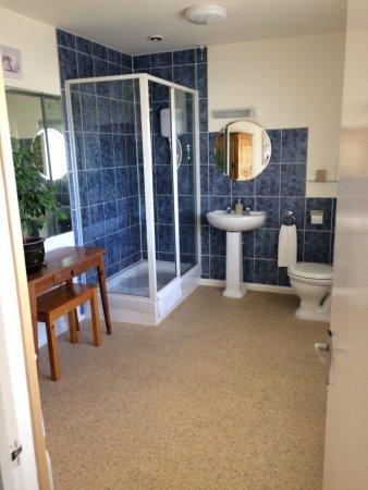 Sandgate, UK: Great bathroom
