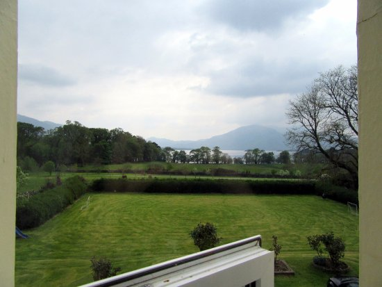 Carriglea House: Amazing view of the lakes and mountains in the National Park