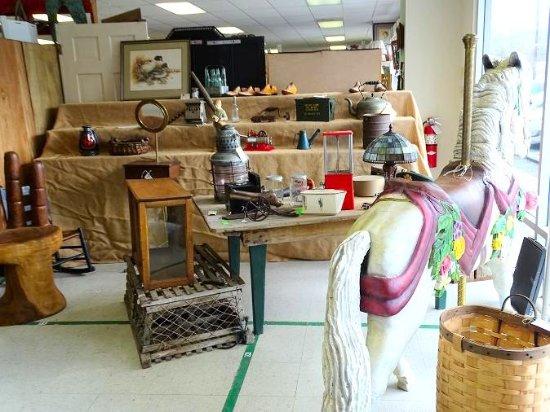 Antiques & Artisans Village: inside
