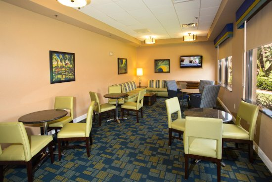 Rosen Inn International: The Den