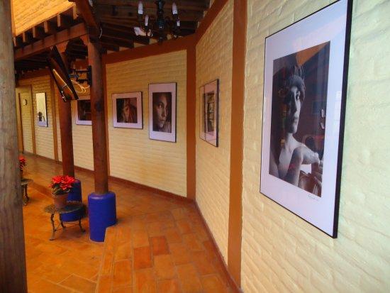El Meson de los Poetas: Exposición fotografica