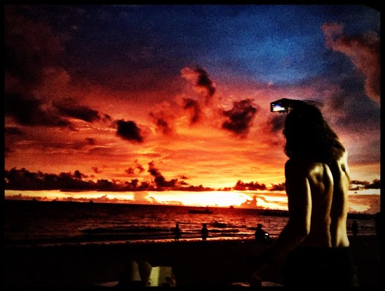 Legacy Gym Boracay: sunsets work as hard as you will.