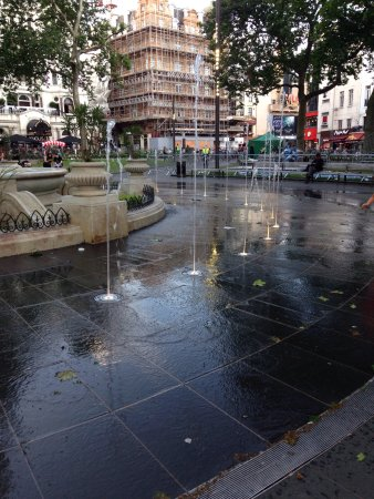 Premier Inn London Leicester Square Hotel: photo3.jpg