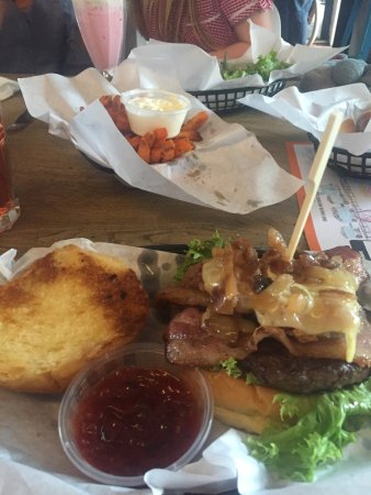 East Coast Diner: photo0.jpg