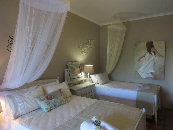 Prince Albert, South Africa: Wolvekraal Room inside