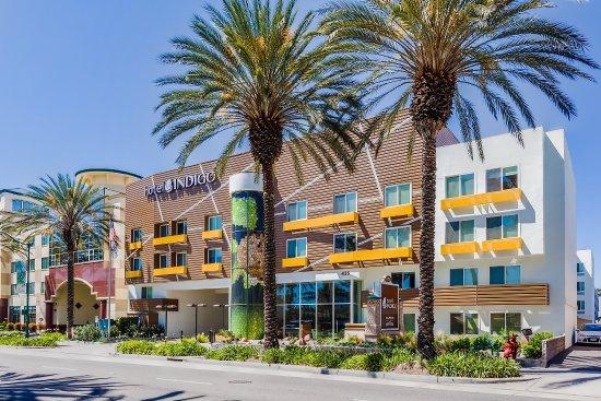 Hotel Indigo Anaheim: Hotel Exterior