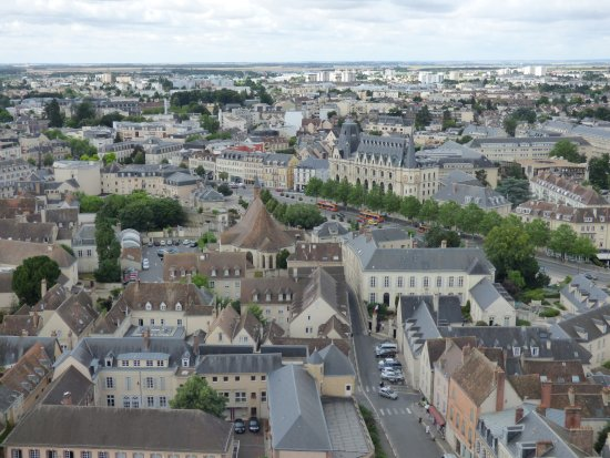 Tower of Chartres Cathedral: Panorama