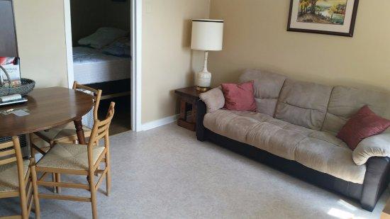 Εσκανάμπα, Μίσιγκαν: Cottage 2 Sitting & Dining area