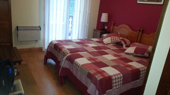 Soto de Cangas, Spain: Camas muy comodas