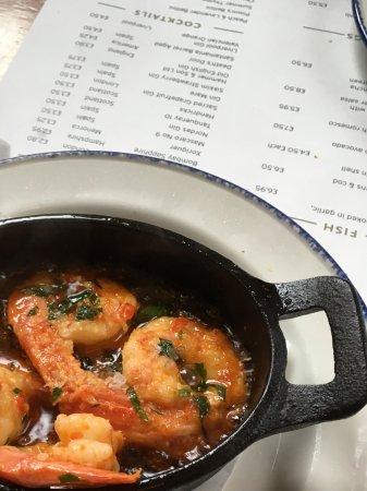 Salt House Tapas: Sizzling prawns.