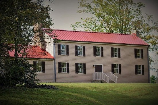 Gallatin, TN: Douglass-Clark House