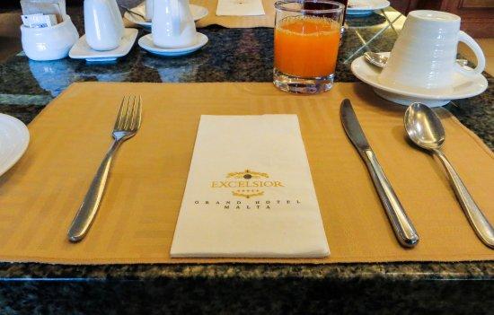 Excelsior Grand Hotel Breakfast table setting & Breakfast table setting - Picture of Excelsior Grand Hotel Valletta ...