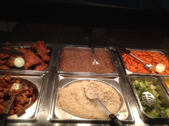 Springfield, OR: Fried chicken, orange chicken, rice and bean, vegetables