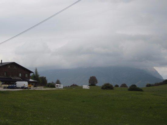 Arquata del Tronto, Italien: rifugio panorama esterno 1