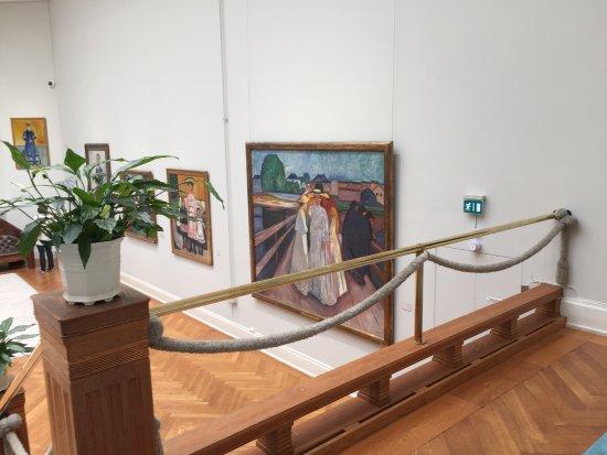 Galería Thiel: The Munch Room