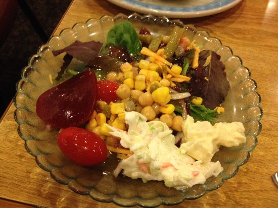 Springfield, OR: Green salad with beets, macaroni & potato salad