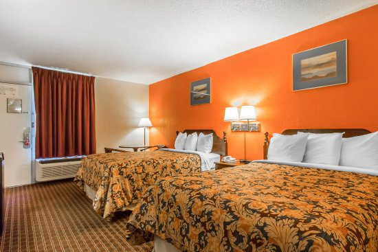 Country Hearth Inn & Suites: Double Room