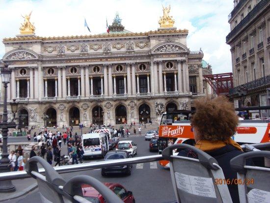 opera house picture of big bus paris paris tripadvisor. Black Bedroom Furniture Sets. Home Design Ideas