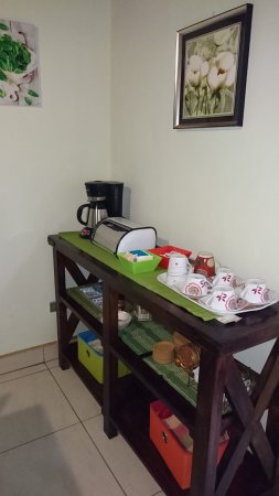 Département de Managua, Nicaragua : Coffee table, ready everyday in the morning