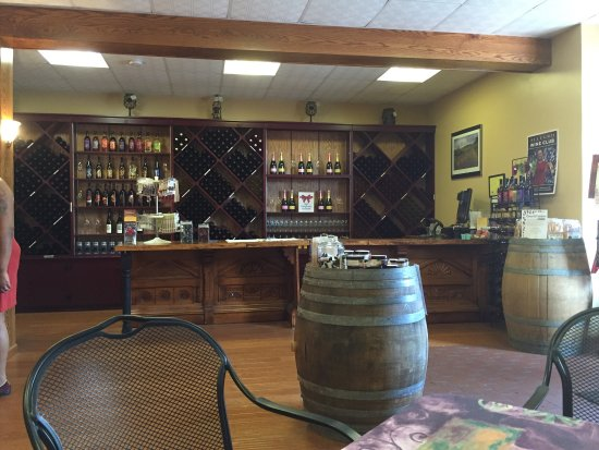 Strasburg, PA: Wonderful winery of local wines. Very friendly