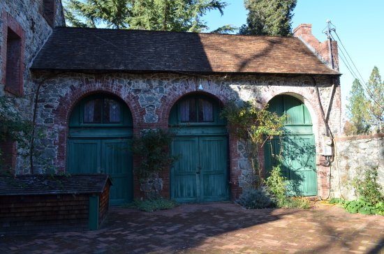 "Grass Valley, CA: Main House ""garage"""
