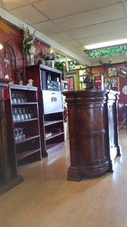 Massey, Kanada: The Dragonfly Restaurant - Casual Fine Dining