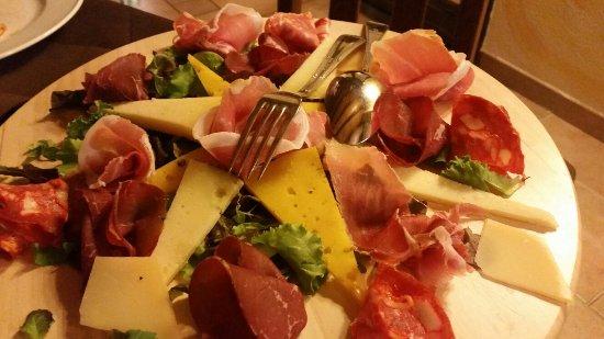 Zafferana Etnea, Ιταλία: 20160715_213309_large.jpg