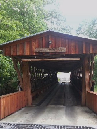 Oneonta, AL: Easley covered bridge