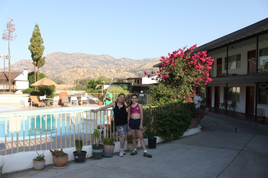 Three Rivers, CA: piscina