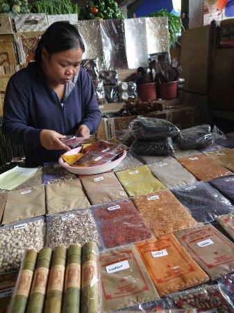 Bedugul, Indonésia: Bon choix d'épices