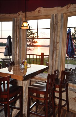 Crane Lake, MN: Beautiful View While Dining