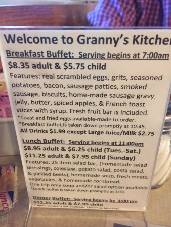 Decent Country Buffet For A Decent Price Very Busy So The Food Was Hot Friendly Service Down Picture Of Granny S Kitchen Restaurant Cherokee Tripadvisor