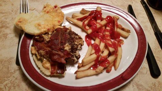 Pottsville, PA: Pimento Cheese Burger