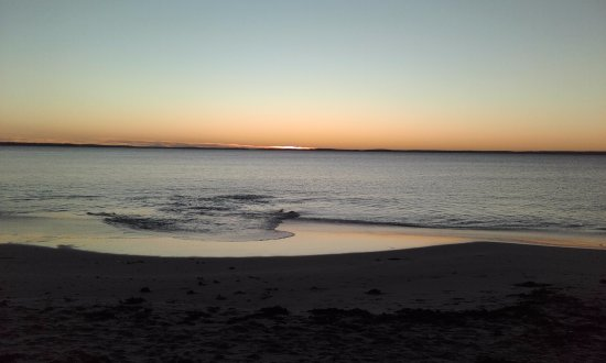 Huskisson, Australia: this is the spectacular sunrise from moona moona creek it is incredibly photogenic and just sere