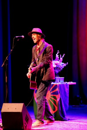 Nelsonville, OH: Todd Snider on stage at Stuart's Opera House