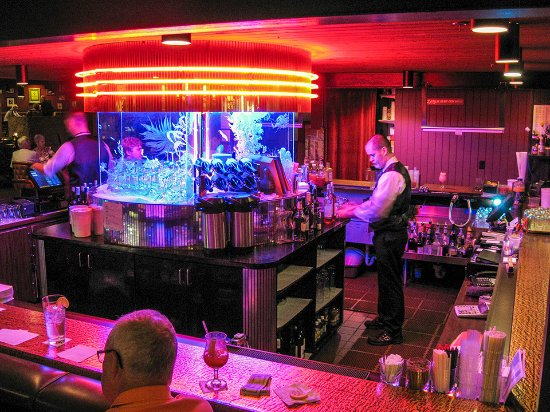 Fort Atkinson, WI: Fireside Cocktail Lounge
