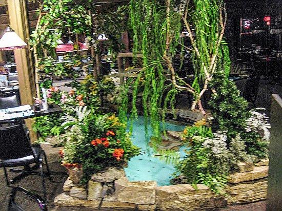 Fort Atkinson, WI: Pond in Fireside Restaurant